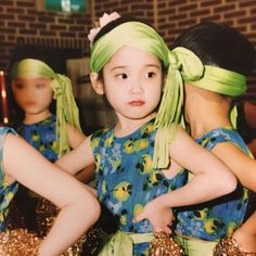 IU is an A-class celebrity and Korea's adorable little sister all rolled into one. Resurfaced photos show that she was cute even as a child! Korean Actresses, Korean Actors, Korean Idols, Iu Twitter, Kpop Memes, Asian Babies, Sulli, Iu Fashion, My Little Baby