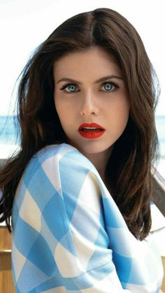 Alexandra Daddario Maxim - Bing images даддарио александра максим Alexandra Daddario: The 30 Sexiest Photos of Alexandra Daddario You might know Alexandra Daddario the star actress in Babysitters or Beautiful Celebrities, Beautiful Actresses, Beautiful Women, Beautiful Models, Alexandra Anna Daddario, Alexandra Daddario Baywatch, Gorgeous Eyes, Cool Eyes, Woman Face