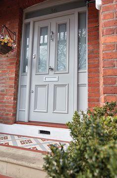 Victorian Style Front Door & London Door Company Victorian Style Front Door & London Door Company The post Victorian Style Front Door & London Door Company appeared first on Farah& Secret World. Timber Front Door, Front Door Porch, Front Doors With Windows, Wooden Front Doors, Front Door Entrance, Exterior Front Doors, House Front Door, Painted Front Doors, Glass Front Door
