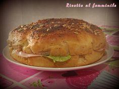 Focaccia tramezzino Antipasto, Bagel, Sandwiches, Cheesecake, Bread, Ethnic Recipes, Food, Tutorials, Cheesecakes