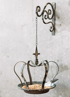 MICRO TREND // 12 Wrought Iron Products That Add Old-World Style To Your Home. Bird Feeder: Who said bird feeders couldn't be stylish? This Antiqued Crown feeder adds the little perfect touch of wrought iron to an outdoor area. Olive And Cocoa, Crown Decor, Deco Luminaire, Bird House Kits, Old World Style, French Cottage, All Gifts, Kit Homes, Bird Houses