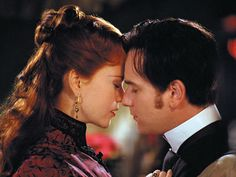 Nicole Kidman As Satine And Ewan McGregor As Christian In Moulin Rouge! Pic - Image of Moulin Rouge! Moulin Rouge Film, Satine Moulin Rouge, Nicole Kidman, Ruby Sparks, High School Musical, Ewan Mcgregor Moulin Rouge, Johnny E June, Comedia Musical, Best Romantic Movies