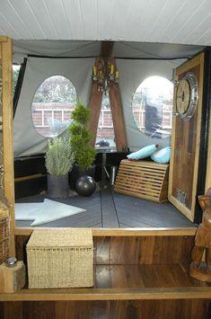 Glamorous interior!  Glamping on a narrow boat?