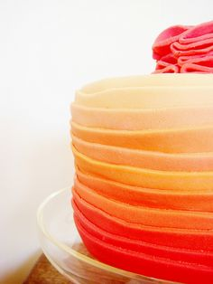 I'm loving the current ombre trend, even in cakes :) #ombre #trend