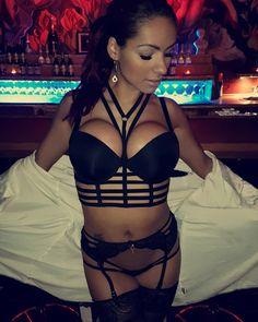 780 vind-ik-leuks, 11 reacties - Angela Jonasson ❤ (@angela.dancer) op Instagram: '⚘⚘⚘⚘⚘⚘⚘⚘⚘⚘ @angela_jonasson #angelajonasson  #sexy #sexylingerie #brunette #boobs #black #lust…'