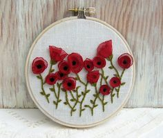 more gorgeous hand embroidered poppies.