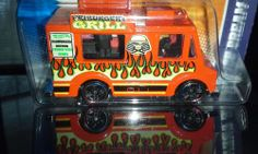 HOT WHEELS CITY WORKS '11 ICE CREAM TRUCK (RED)