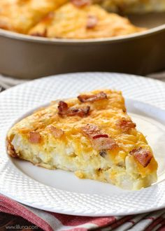 Easy and delicious Cheesy breakfast pie filled with bacon, eggs and hashbrowns. A great breakfast recipe for when you have company!
