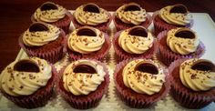 Toffifee cupcakes with caramel frosting