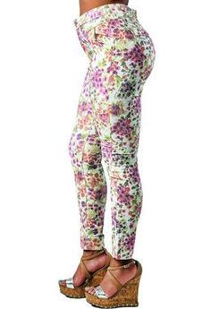 880ff4390cbf9 Cropped Skinny Jeans, Cropped Pants, Black Girls, Trendy Fashion, Cool  Designs,