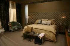 Serena Van der Woodsen's bedroom: bliss. #gossipgirl #apartmenttherapy