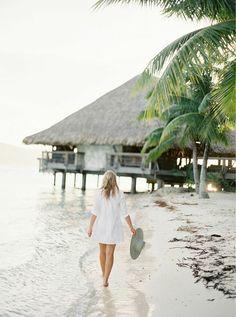 Beautiful Ocean, Beautiful World, Beautiful Places, Tropical Vibes, Tropical Paradise, Four Seasons Bora Bora, Bora Bora Honeymoon, Honeymoon Inspiration, Wedding Inspiration