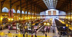 Gare du Nord train station platforms Eurostar train