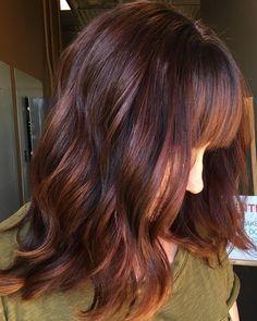 brown auburn balayage hair looks Medium Auburn Hair, Dark Auburn Hair Color, Auburn Colors, Auburn Red, Light Auburn, Hair Colour Design, Auburn Balayage, Hair Color And Cut, Stylish Hair