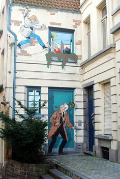 """The Great Brussels Comic Book Walk - a wonderful self-guided walking tour that is a great way to get an introduction to the wonderful city of #Brussels #Belgium - this particular mural is of """"Ric Hochet"""" - one of the most famous Franco-Belgian #Comics of all time."""