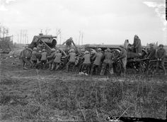 THIRD BATTLE YPRES 30 MAY - 1 NOVEMBER 1917 (Q 3018)   R.G.A. moving a 9.2 inch howitzer on to its travlling carriaged, to move it forward. Wieltje 5 September 1917