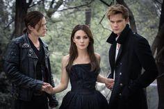 Lauren Kate Reveals Five Details from the 'Fallen' Movie Set
