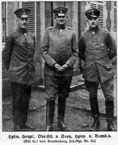 File:Offiziere: Hauptmann Hans Joachim Haupt, Oberstleutnant von Oven and Hauptmann Cordt von Brandis, 1918. All three were awarded the Pour le Mérite.