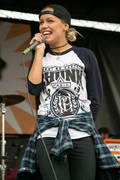 Jenna McDougall from Tonight Alive. Gemini. Original. Fasionable.