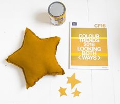 & SUUS |  Sienna Gold in the nursery |  Color of the Year |  www.ensuus.nl |  Color of the Year 2016