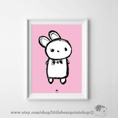 Cute Bunny Print in Pink. Size A2 Digital Download 8.68€. Printable artwork is a beautiful, quick and cost effective way of updating your art. Available on Etsy. ❤️🐻❤️