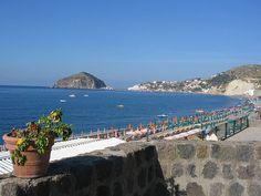 * Ilha de Ísquia. Baía de Nápoles, Região da Campânia. Itália.