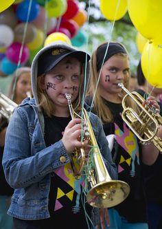 Barnivalåpning med musikanter fra paradeworkshopen #kbgjazz