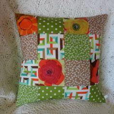 Housse coussin fraîcheur printemps en patchwork