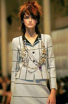 Chanel - Haute Couture - Fall / Winter 1999
