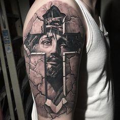 Jesus On Cross Tattoo, Cross With Wings Tattoo, Celtic Cross Tattoos, Badass Tattoos, Body Art Tattoos, Tattoos For Guys, Lion Tattoo Sleeves, Sleeve Tattoos, Jesus Tattoo Sleeve