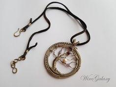Tree of Life Wire Wrap Pendant Multistone Protection Amulet #treeoflife #wirewrap #wiretreeoflife #wrappedpendant #wiregalaxy #etsypendant #etsyjewelry #etsyfinds #etsygifts #talismanjewelry