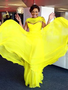 We all have failed at some point in our lives, and one can never get to be successful without failure. Bonang Matheba knows that all too well. Smart Casual Outfit, Casual Outfits, Open Dress, Beautiful Evening Gowns, Yellow Dress, Yellow Outfits, Black Families, Prom Looks, Queen B