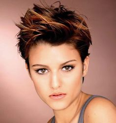 Latest 2019 Hair Style Pixie haircut for a unique and modern look. # 2019 face Pixie haircut for a unique and modern look. # 2019 face We are trying to help people to show the most great hair styles on our web site . Chic Short Hair, Short Hair With Bangs, Short Hair Cuts, Pixie Cuts, Red Pixie, Hair Bangs, Short Hair Designs, Short Hair Styles Easy, Curly Hair Styles