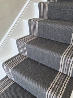 Carpets For Living Room Vintage - - - Beige Carpets Wedding - Grass Green Carpets Grey Stair Carpet, Carpet Staircase, Hallway Carpet, Striped Carpet Stairs, Narrow Hallway Decorating, Stairway Decorating, Hallway Designs, Hallway Ideas, Stair Landing Decor
