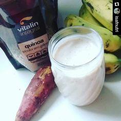 O pré treino de hoje foi milk shake!   Ingredientes: 1 pedaço de batata doce cozida; aproximadamente 70g; + 1 banana madura; + 2 colheres de sopa de leite em pó desnatado; + 1 colher de sopa cheia de quinoa; + 300 ml de água.  Obs: a quinoa pode ser substituída por aveia em flocos.