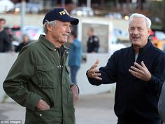 Clint Eastwood directs Tom Hanks in Sully scene in NYC | Daily ...