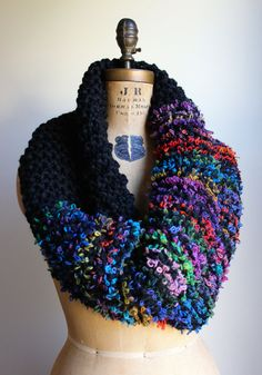 Chunky knit cowl. Black. Multicolored. Circle by Happiknits