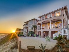 VRBO.com #396689 - Panoramic Gulf Views from Every Floor! Flat Screens Throughout!