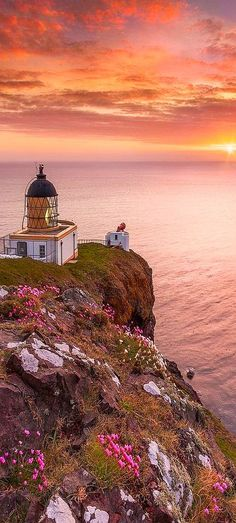 SUNSET - St Abb's Lighthouse - Calum Gladstone - emmabeatrice22.tumblr.com