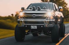 Chevy Pickup Trucks, Lifted Chevy, Chevy Pickups, Chevy Avalanche, Silverado 2500, Quad, Drill, Photo And Video, Hole Punch