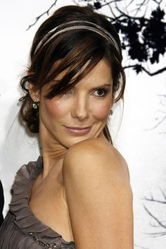 Outstanding Celebrity Hairstyles Sandra Bullock The post Celebrity Hairstyles Sandra Bullock… appeared first on 88 Hairstyles . Loose Bun Hairstyles, Popular Short Hairstyles, Shag Hairstyles, Celebrity Hairstyles, Amazing Hairstyles, Female Hairstyles, Natural Hairstyles, Sandra Bullock Hair, Asian Man Haircut