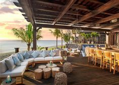 CHIC COASTAL LIVING: Travel Destination: St. Regis Le Morne Africa