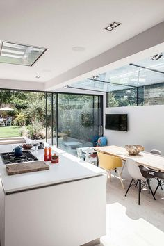 Exterior house victorian rear extension 35 Ideas for 2019 Exterior house victorian rear extension 35 Ideas for 2019 The post Exterior house victorian rear extension 35 Ideas for 2019 appeared first on Etta Ward. Small Open Plan Kitchens, Open Plan Kitchen Living Room, Kitchen Design Open, Open Plan Living, House Extension Design, House Design, Victorian Terrace House, Rear Extension, Extension Ideas