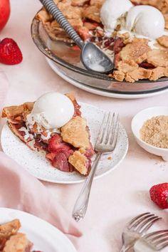 Strawberry Apple Paleo Pie   The Nourished Mind