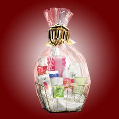 For the holidays Mary Kay, Avon Gift Baskets, Surprise Gifts, My Best Friend, Perfume Bottles, Valentines, Basket Ideas, Business Ideas, Gift Ideas