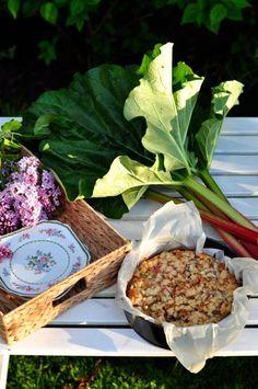 Domowe ciasto z rabarbarem i kruszonką // Homemade rhubarb crumble pie | Make Cooking Easier