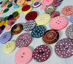 Hand painted buttons (MekaA) Tags: buttons scrapbookingembellishments