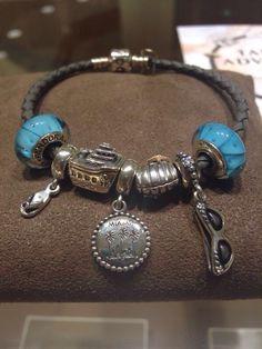 Lovely Miami destination bracelet! Showcase your love of the Sunshine State on a PANDORA Bracelet.
