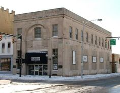 Bellefontaine Building & Loan,149 W. Columbus Avenue, Bellefontaine, Ohio 1926, Walker & Weeks architects  |  Recently on the market for $139,000