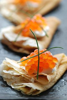 Bini with Sour cream and Red Caviar